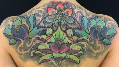 significado del tatuaje de la flor de loto
